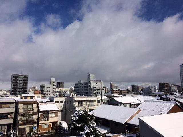 天気予報はズバリ、雪マーク